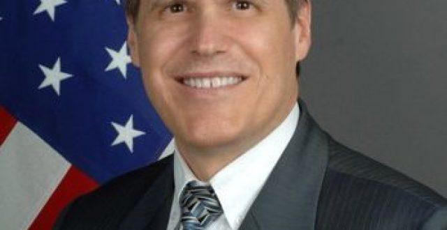 السفير الأمريكي: نأمل أن لا يرفض البرلمان العراقي الاتفاقيات الجديدة بين بغداد وواشنطن