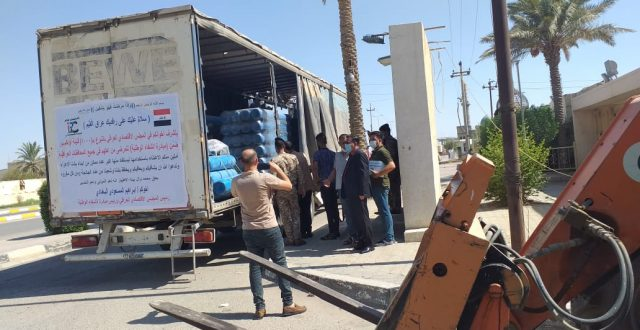 بالصور .. المجلس الاقتصادي العراقي يسلم الديوانية 200 قنينة اوكسجين ضمن مبادرة الشفاء الوطنية