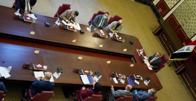 الكاظمي يلتقي بأعضاء مفوضية الانتخابات بحضور عدد من الوزراء والقيادات الأمنية