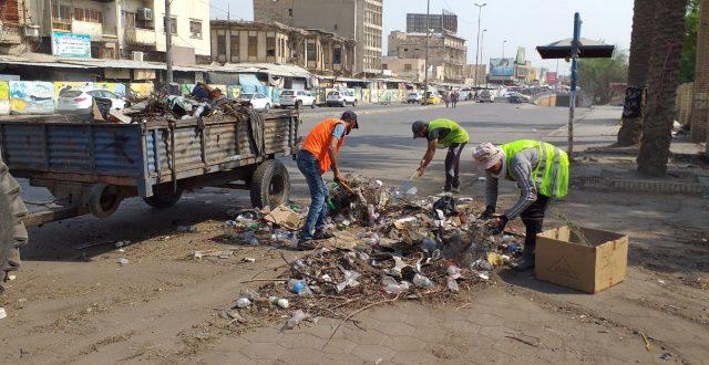 امانة بغداد تنفذ حملات تنظيفية مكثفة في ساحة التحرير