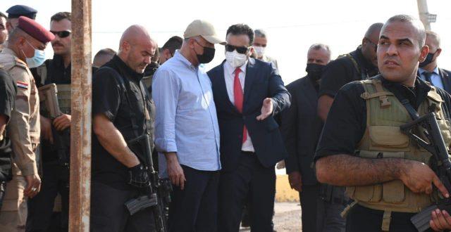مكتب الكاظمي يكشف تفاصيل زيارته الى منفذ الشيب في ميسان
