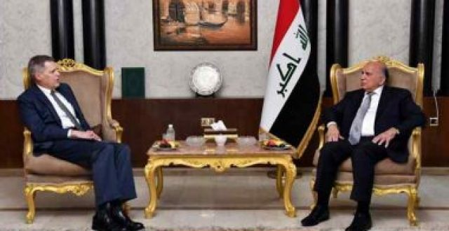 وزير الخارجية يبحث مع السفير الأميركي سُبُل تقديم الدعم إلى العراق