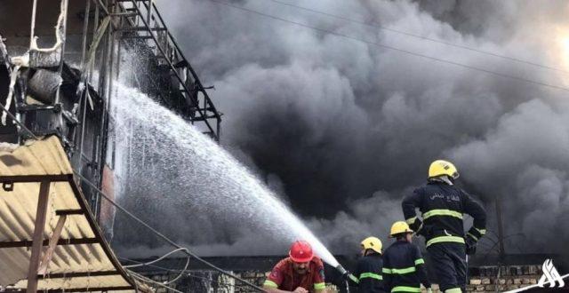 الدفاع المدني: إنقاذ عدد من المواطنين في حريق باب المعظم