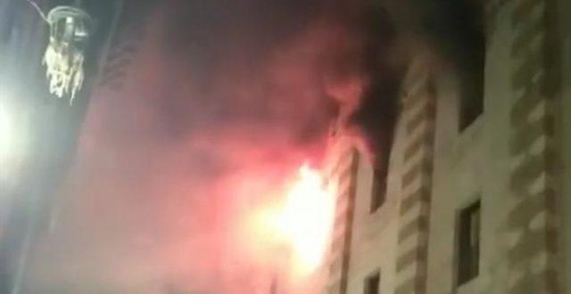 اندلاع حريق بالجامع الأزهر في مصر