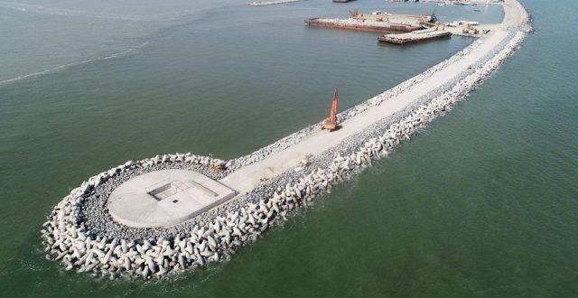 وزير النقل يعلن: اليوم سيوقع العقد لتنفيذ مشروع ميناء الفاو مع دايو