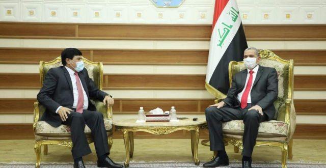 وزير الداخلية يلتقي سفير الجمهورية العربية السورية في العراق