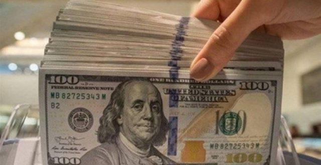 تعرف على أسعار الدولار مقابل الدينار في سوق العراق لهذا اليوم