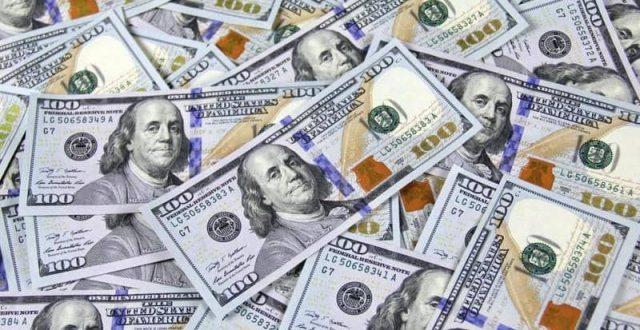 بالأرقام.. أسعار الدولار أمام الدينار في بورصات العراق