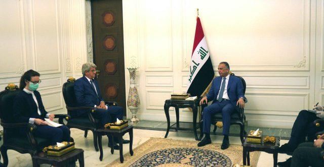 الكاظمي يستقبل السفير الفرنسي في العراق