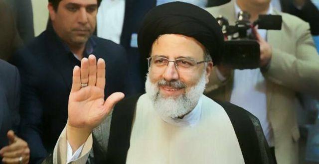 رئيس الجمهورية الايرانية حسن روحاني يبارك لمنتخب الشعب في الانتخابات الرئاسية الثالث عشرة ابراهيم رئيسي