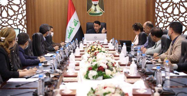 الغزي يحث الوزارات على دعم مشروع الحوكمة الالكترونية
