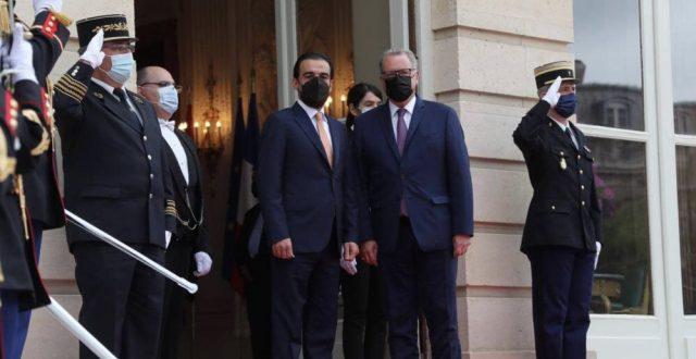 استقبال رسمي للحلبوسي في قصر لاسيه في باريس