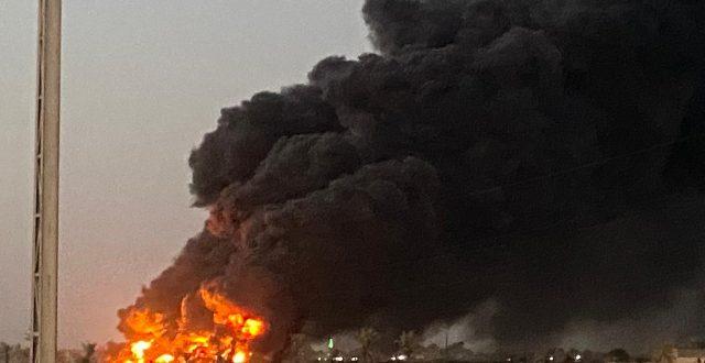 بالصور…اشتعال انبوب للنفط في خان بني سعد