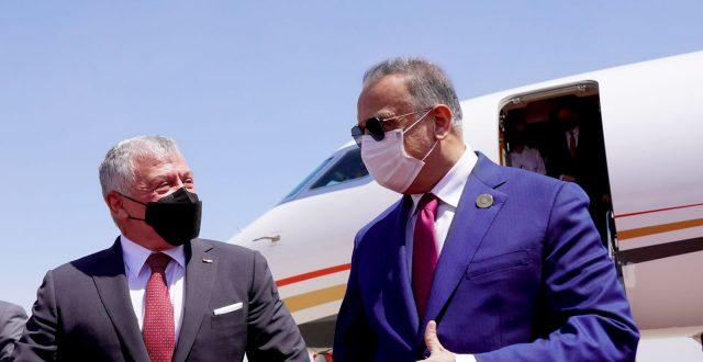 الكاظمي يستقبل عاهل المملكة الأردنية الهاشمية الملك عبد الله الثاني بن الحسين في مطار بغداد الدولي