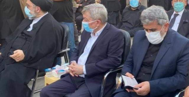 قائد فيلق القدس الايراني في النجف الاشرف ليقدم التعازي بوفاة المرجع الديني السيد الحكيم
