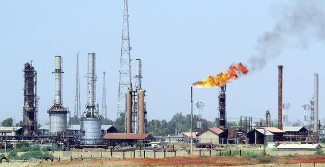 بهدف تعزيز الانتاج الوطني .. النفط تستثمر الغاز في حقلي الناصرية والغراف