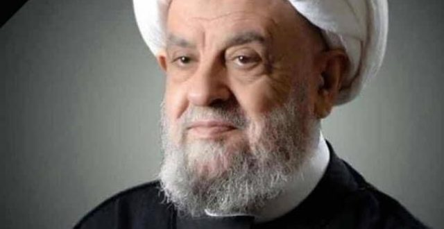 بالفيديو ..نبيه بري يودع جثمان العلامة الشيخ عبد الامير قبلان في مستشفى الزهراء