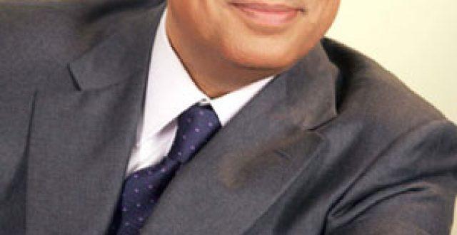 وزير الإعلام اللبناني الجديد الإعلامي المعروف جورج قرداحي ينفي انتهاء مسيرته الإعلامية ويؤكد: الإعلام هو وظيفتي ومهنتي