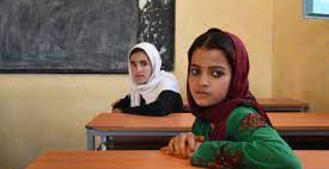 حركة طالبان تعلق على عودة البنات إلى المدارس