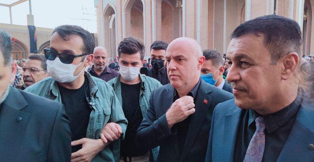 السفير التركي في النجف الأشرف ليقدم التعازي بوفاة المرجع الديني السيد الحكيم