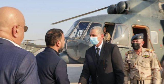وزير الداخلية يصل النجف لحضور مجلس عزاء المرجع الكبير
