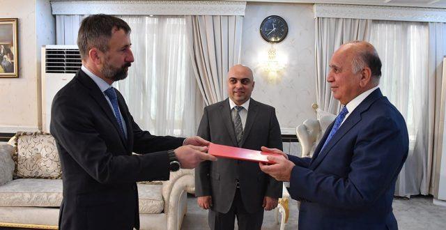 وزير الخارجية يتسلـم نسخة من أوراق اعتماد السفير الجديد للتشيك في بغداد