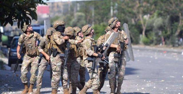 الجيش اللبناني: سنطلق النار باتجاه أي مسلح على الطرقات
